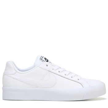 white nike shoes